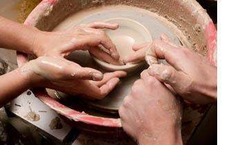 9th anniversary pottery activity